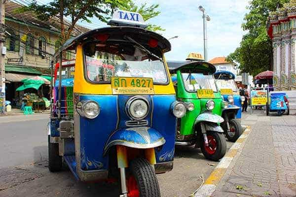 Bangkok day tour tuk tuk's